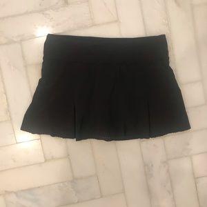 Black Lululemon Athletica Tennis Skirt - Size 6